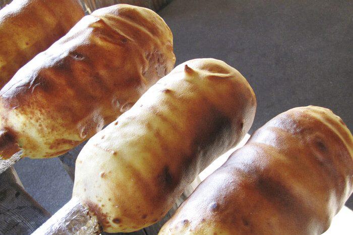 自然の中で味わう自分で作ったバウムクーヘンの味は格別!作って楽しい♪食べて美味しい♪手作りバウムクーヘン